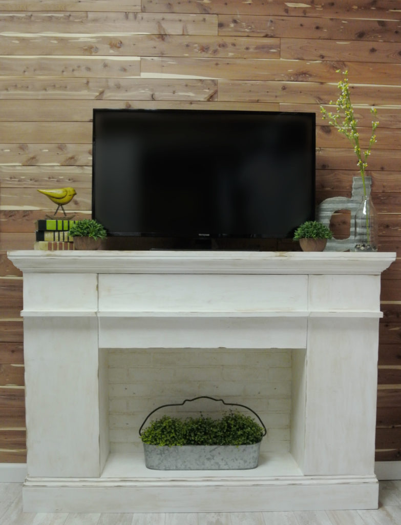 Nature-Inspired Mantle with CedarSafe Planking